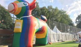 Pride – inte helt olikt Almedalen